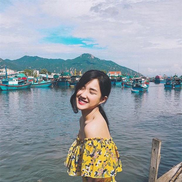 An sau ve ngot ngao, hot girl tra sua ban Viet co thu vui