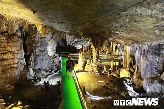 Bí ẩn vẻ đẹp kỳ ảo của hang động đẹp số 1 miền Bắc - Ảnh 17.