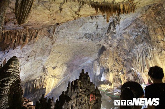Bí ẩn vẻ đẹp kỳ ảo của hang động đẹp nhất miền Bắc - Ảnh 18.