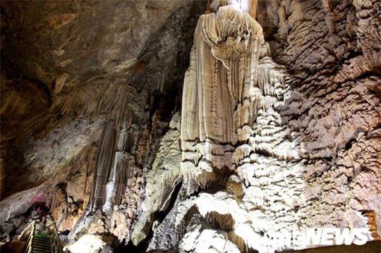 Bí ẩn vẻ đẹp kỳ ảo của hang động đẹp số 1 miền Bắc - Ảnh 22.