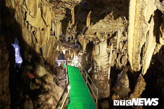 Bí ẩn vẻ đẹp kỳ ảo của hang động đẹp nhất miền Bắc - Ảnh 23.