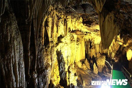 Bí ẩn vẻ đẹp kỳ ảo của hang động đẹp số 1 miền Bắc - Ảnh 24.