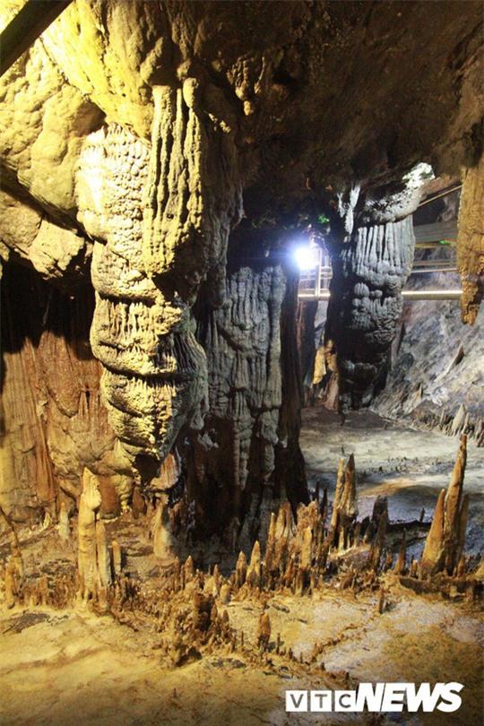 Bí ẩn vẻ đẹp kỳ ảo của hang động đẹp nhất miền Bắc - Ảnh 6.