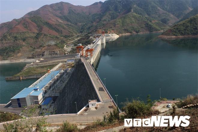 Giải mã bí ẩn về quá trình tìm nơi đặt đập thủy điện Sơn La - Ảnh 2.