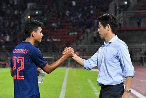 Suphanat đang là niềm hy vọng vàng của bóng đá Thái Lan sau thế hệ Chanathip