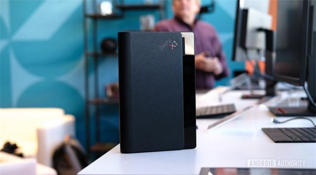 [CEO 2020] Lenovo ra mắt laptop màn hình gập ThinkPad X1 Fold, giá gần 60 triệu đồng - Ảnh 3.