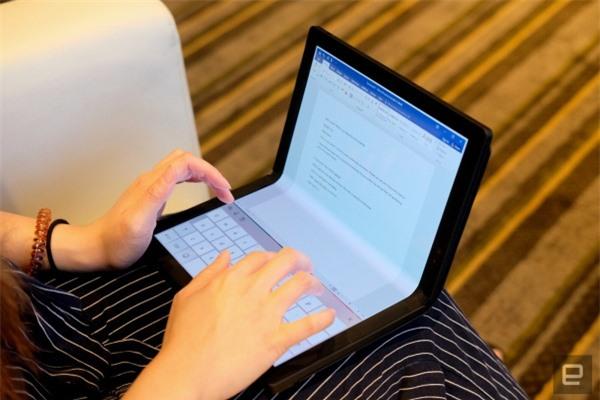 [CEO 2020] Lenovo ra mắt laptop màn hình gập ThinkPad X1 Fold, giá gần 60 triệu đồng - Ảnh 5.