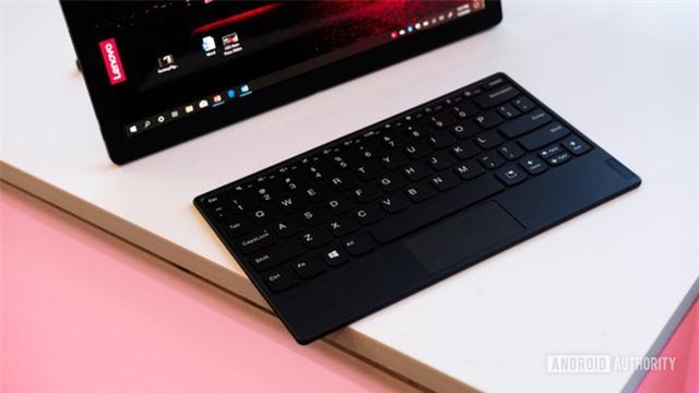 [CEO 2020] Lenovo ra mắt laptop màn hình gập ThinkPad X1 Fold, giá gần 60 triệu đồng - Ảnh 6.
