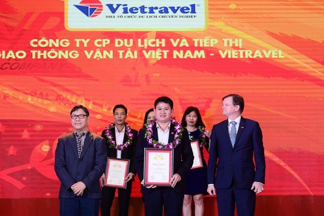 Vietravel lọt Top 10 công ty uy tín ngành du lịch – lữ hành năm 2019