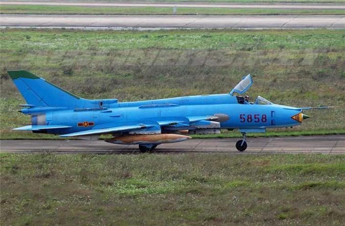 Su-25 thanh cong ruc ro o Trung Dong, xung dang thay the cho Su-22 Viet Nam-Hinh-3