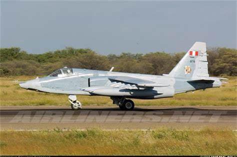 Su-25 thanh cong ruc ro o Trung Dong, xung dang thay the cho Su-22 Viet Nam-Hinh-4
