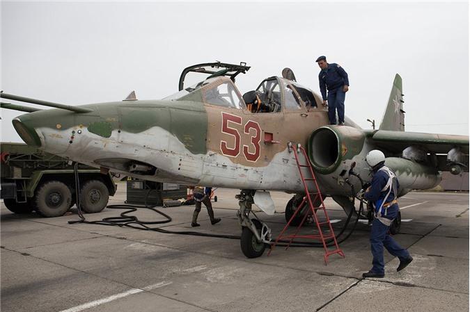 Su-25 thanh cong ruc ro o Trung Dong, xung dang thay the cho Su-22 Viet Nam-Hinh-7