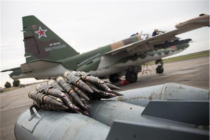 Su-25 thanh cong ruc ro o Trung Dong, xung dang thay the cho Su-22 Viet Nam-Hinh-9