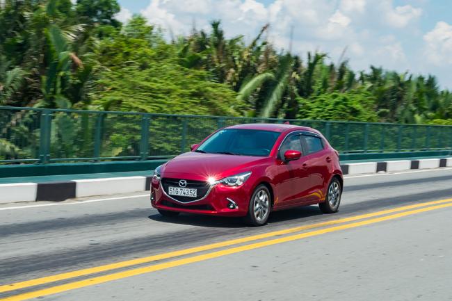 Nhân dịp năm mới, Mazda 2 được ưu đãi tốt nhất