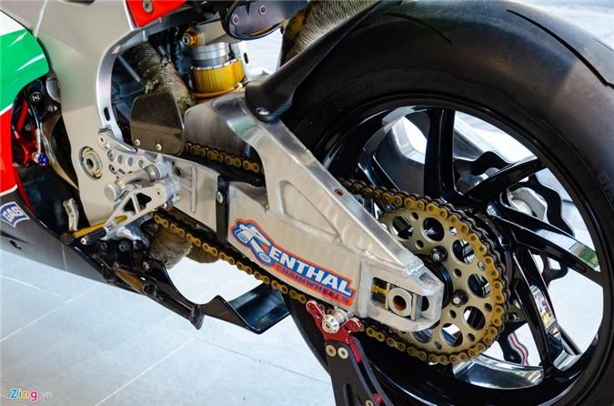 Chi tiet moto dua chay pho Honda VTR 1000 RC51 SP2 doc nhat VN hinh anh 7 Honda_VTR1000_SP2_Zing_10_.jpg