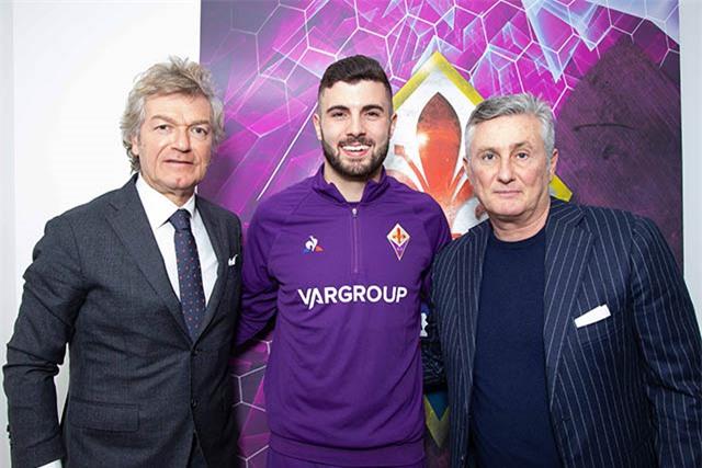 Cutrone trong màu áo Fiorentina