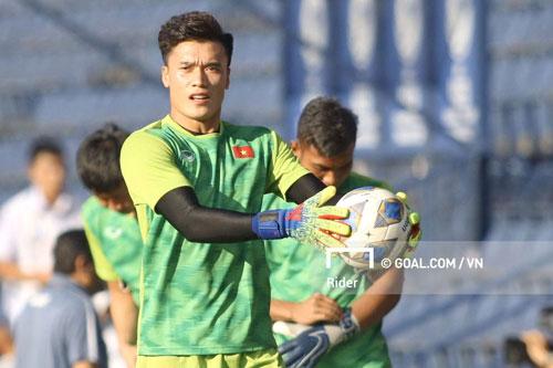 Tiến Dũng là lựa chọn trước khung gỗ của U23 Việt Nam trong trận đấu này.