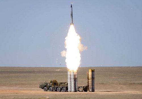 Gần đây, ấn phẩm Informburo.kz đã đăng tải loạt ảnh ghi lại hoạt động diễn tập bắn đạn thật của sư đoàn phòng không trang bị tên lửa S-300 của Lực lượng Vũ trang Kazakhstan. Ảnh: Grigory Bedenko