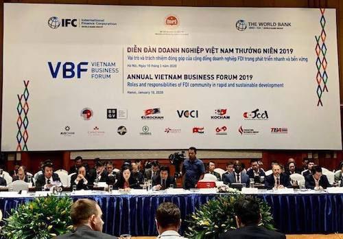 Diễn đàn Doanh nghiệp Việt Nam cuối kỳ 2019 diễn ra sáng 10/1. Ảnh: PV.