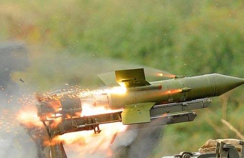 B72 là định danh của Việt Nam dành cho tổ hợp tên lửa chống tăng có điều khiển 9M14 Malyutka do Liên Xô (cũ) sản xuất (ngoài ra ta còn gọi là