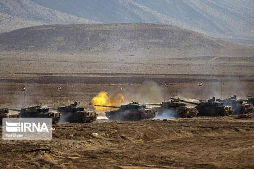 Theo hãng thông tấn IRNA, cuộc tập trận của lực lượng phản ứng nhanh và quân dù thuộc Lục quân Iran diễn ra tại Shiraz, miền Nam Iran mới diễn ra với sự phô diễn của hàng trăm khí tài, trong đó có xe tăng Chieftain do Anh sản xuất.