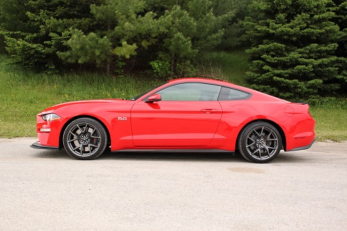 3. Ford Mustang GT 2020.