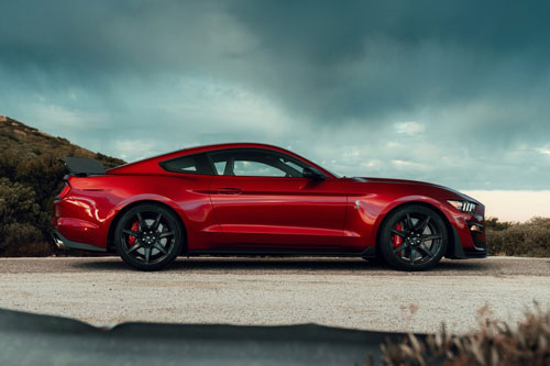 6. Ford Mustang Shelby GT500 2020.