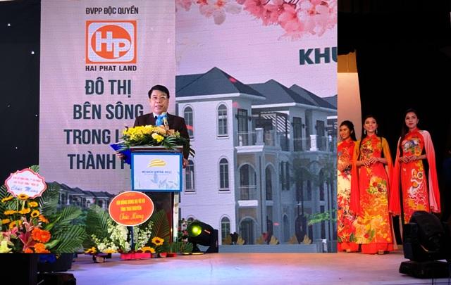 Chủ tịch HĐQT kiêm Tổng giám đốc Công ty cổ phần Đầu tư xây dựng Thiên Lộc phát biểu tại buổi ra mắt dự án.