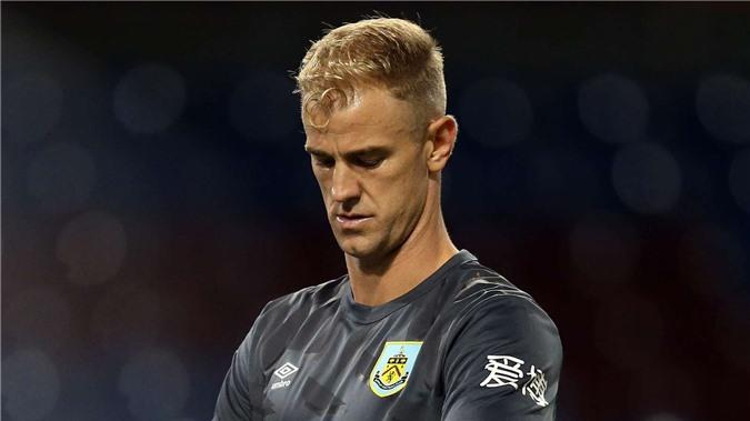 Hart không thể đến Milan