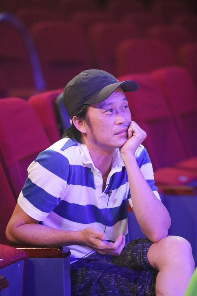 Hoài Linh lo lắng đến mất ăn mất ngủ, lần đầu nói về chuyện hạn chế lên truyền hình  - Ảnh 8.