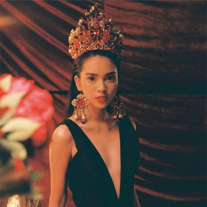 """Quỳnh Lương: Nữ chính MV hiếm hoi khiến người ta phải """"nhớ mặt, đặt tên"""" chứ không chỉ """"làm nền"""" cho ca sĩ - Ảnh 1."""