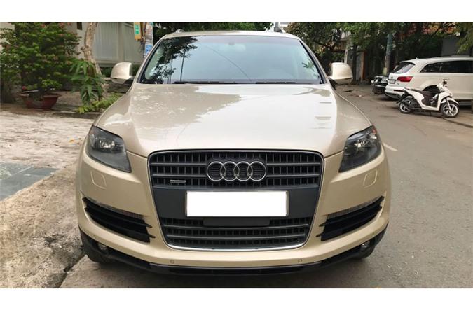 Xe sang Audi Q7 dung 13 nam chi 650 trieu tai Sai Gon-Hinh-2