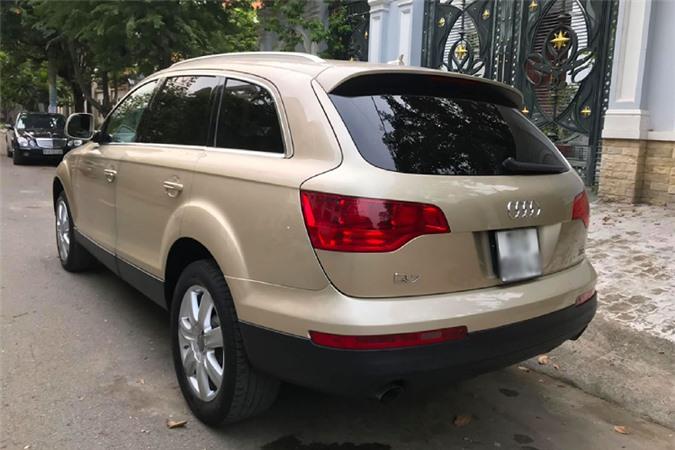 Xe sang Audi Q7 dung 13 nam chi 650 trieu tai Sai Gon-Hinh-4