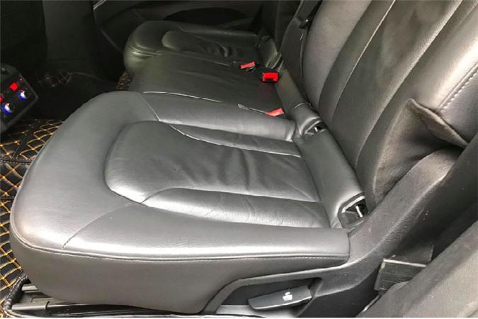 Xe sang Audi Q7 dung 13 nam chi 650 trieu tai Sai Gon-Hinh-6