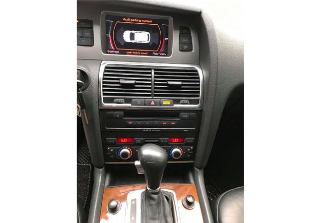 Xe sang Audi Q7 dung 13 nam chi 650 trieu tai Sai Gon-Hinh-7