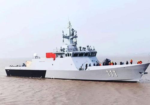 Trong những ngày cuối cùng của năm 2019, Hải quân Malaysia đã cho hạ thuỷ những tàu tuần tra đầu tiên thuộc lớp Keris. Đây là loại tàu tuần tra ven bờ cỡ nhỏ do Hải quân Malaysia kết hợp cùng Hải quân Trung Quốc nghiên cứu, hoàn thiện. Nguồn ảnh: QQ.