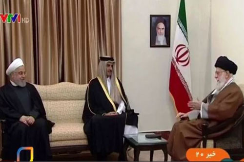 Tổng thống Iran Hassan Rouhani đã có cuộc gặp với Quốc vương Qatar Sheikh Al-Thani đang ở thăm Tehran.