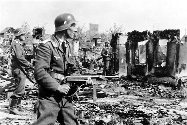 Loat anh kinh dien ve tran Stalingrad chan dong lich su-Hinh-9