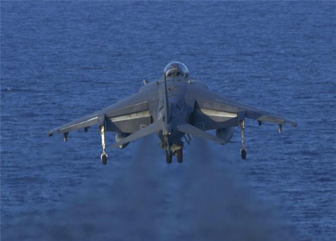 Cuong kich ha canh thang dung AV-8B Harrier My dieu den sat Iran manh co nao?-Hinh-5
