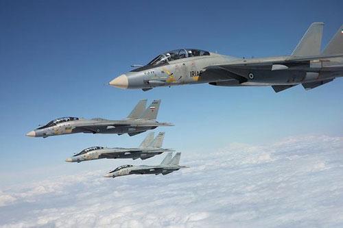 Trong những ngày qua, hình ảnh biểu dương sức mạnh quân sự của Iran được chú ý nhất sau khi Thiếu tướng Qassem Sulemani bị ám sát chính là các phi đội tiêm kích F-14 liên tục tuần tra trên bầu trời.