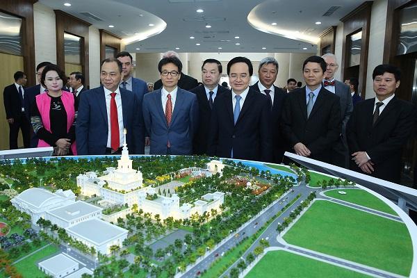 Phó Thủ tướng Vũ Đức Đam dự lễ khánh thành Đại học VinUni vào sáng 15/1/2020. Ảnh theo VGP