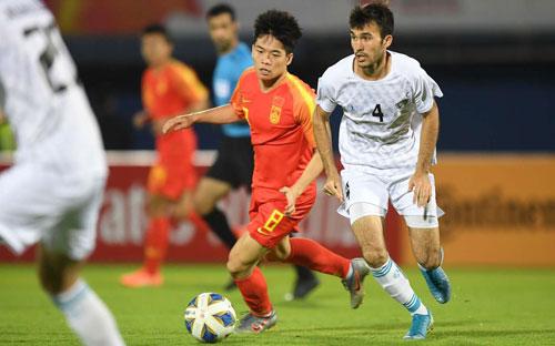 ĐKVĐ Uzbekistan có phen hú vía khi để thua Hàn Quốc 1-2 ở lượt trận cuối vòng bảng