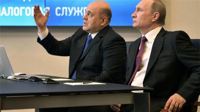 """Chân dung người được ông Putin """"chọn mặt gửi vàng"""" cho chức tân thủ tướng Nga - 2"""
