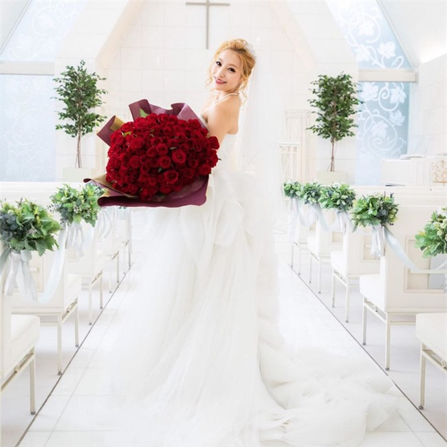 """Chưa đầy 6 tháng kết hôn, người mẫu nổi tiếng Nhật Bản thẳng thừng ly hôn chỉ vì một câu nói """"cầu xin"""" của chồng - Ảnh 1."""