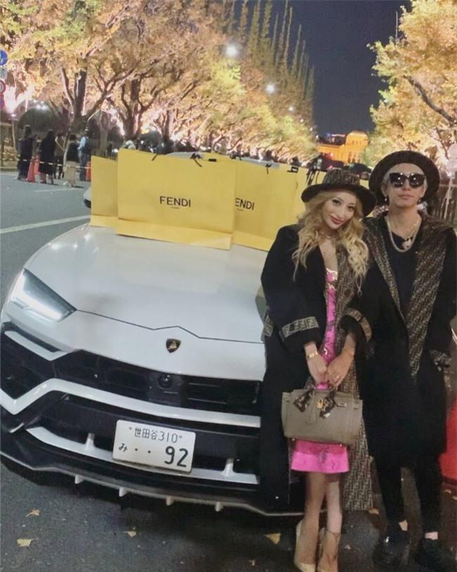 """Chưa đầy 6 tháng kết hôn, người mẫu nổi tiếng Nhật Bản thẳng thừng ly hôn chỉ vì một câu nói """"cầu xin"""" của chồng - Ảnh 2."""
