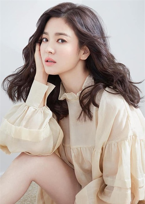 Do ve goi cam Son Ye Jin va ban gai mot thoi cua Hyun Bin-Hinh-11
