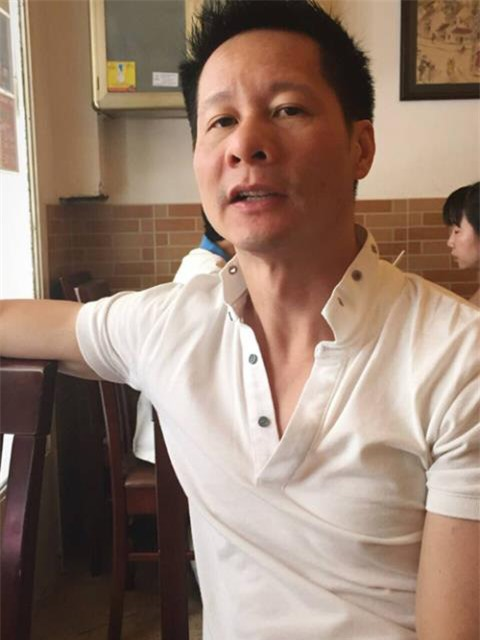 """Giàu sụ nhưng nếu con xin tiền mua đồ, ông xã đại gia của Phan Như Thảo sẽ tỉnh bơ nói câu """"nghe vô lý nhưng lại rất thuyết phục"""" này - Ảnh 2."""
