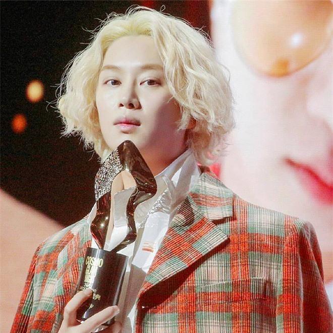 Jimin, Song Joong Ki hang ngay cham soc da the nao truoc khi di ngu?-Hinh-3
