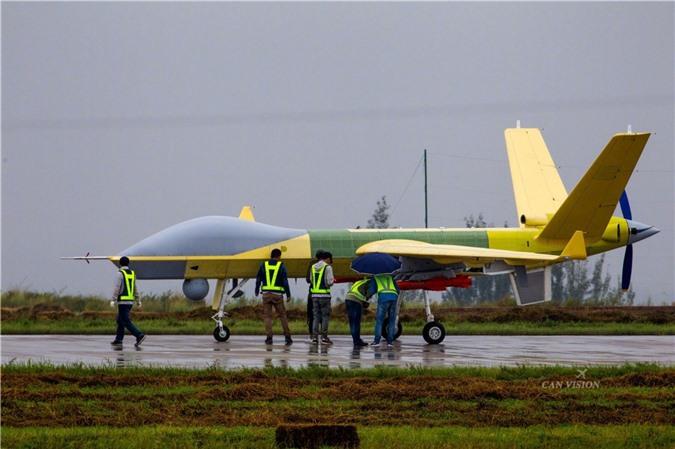 Sieu UAV cua Trung Quoc co them vu khi moi, dang gom the nao?-Hinh-3