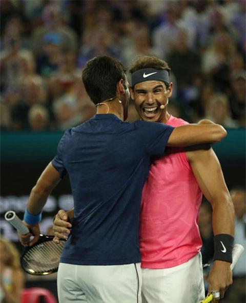 Djokovic sáng cửa vô địch Australian Open 2020 hơn Nadal